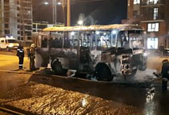В Ижевске сгорел пассажирский автобус