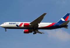 49 человек обратились за медицинской помощью после жесткой посадки Boeing 767 в Барнауле