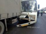В Глазове в ДТП с участием автобуса пострадали три человека