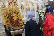 Православные верующие в Глазове обрели новую икону Божией Матери