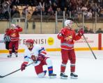 Хоккеисты «Ижстали» начали новый сезон с победы