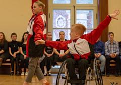 В Глазове появится школа танцев для людей с ограниченными возможностями