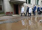 Глазову выделят средства на ремонт дорог и тротуаров в больничном городке