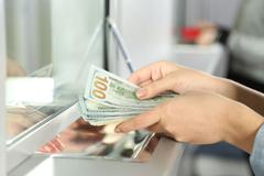 Получение валюты в обменниках