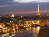 Российских туристов не испугали теракты в Париже
