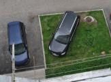 В Удмуртии вернут штрафы за парковку на газонах