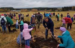 В деревне Удмурт-Ключи посадили яблоневый сад