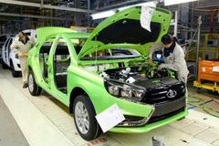 В декабре 2016 года Lada Vesta и Lada XRAY установили рекорды продаж