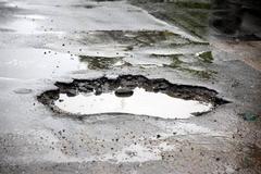 Жители Ижевска выбрали «Топ-10 убитых тротуаров»
