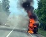В Удмуртии на трассе сгорел рейсовый автобус