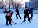 В Глазове обещают сохранить все хоккейные коробки