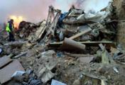 При падении транспортного самолета на жилые дома в Киргизии погибло более 30 человек