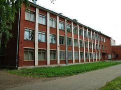 В Глазове сотню студентов медучилища отправили в обсерватор