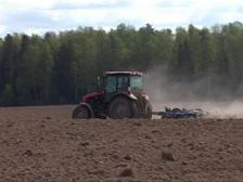 Россия собирается ограничить экспорт иностранной сельхозтехники