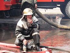 В Удмуртии пожарные спасли из горящей пятиэтажки 11 человек