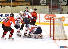 Хоккеисты «Прогресса» дважды разгромили «Сокол»