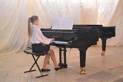 ЧМЗ помог отреставрировать «Глазовчанке» концертный рояль